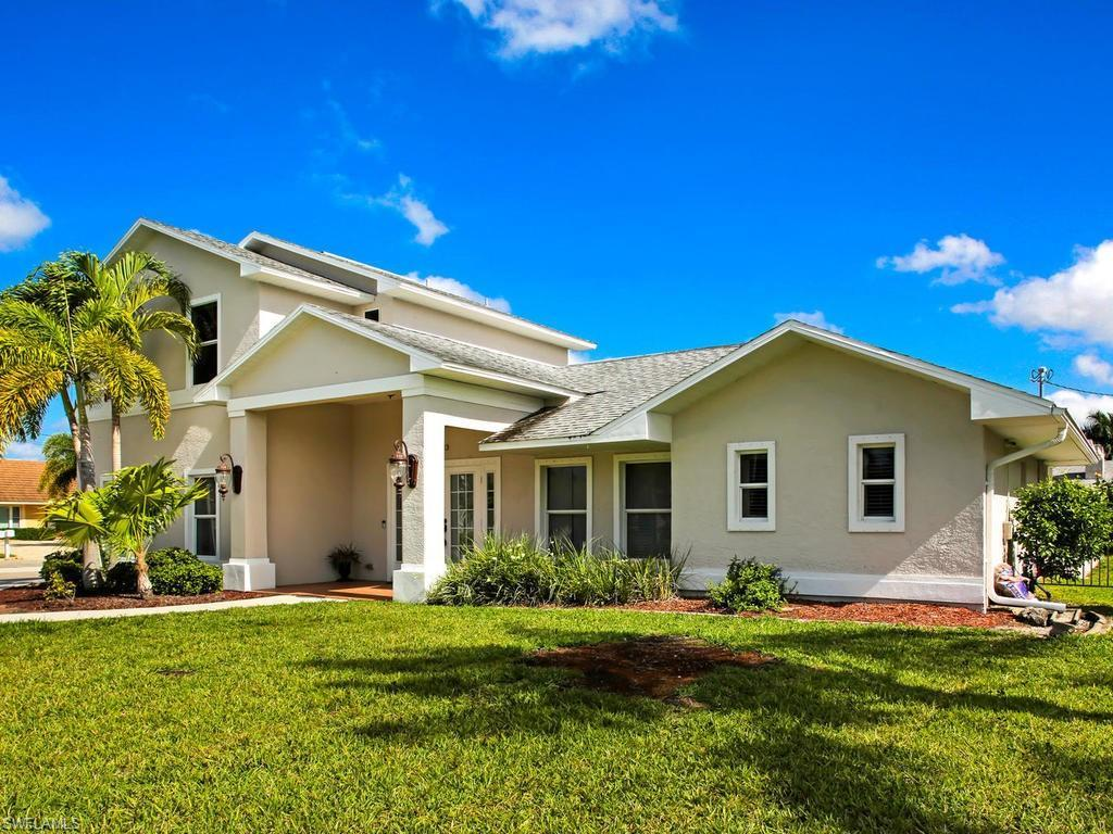 SW Florida Real Estate - View SW FL MLS #219032458 at 1223 Sw 53rd St in  in CAPE CORAL, FL - 33914
