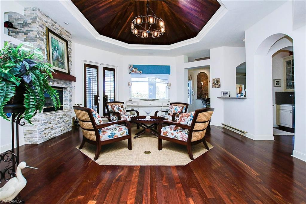 1460 Middle Gulf Dr Sanibel Fl In Metes And Bounds Is