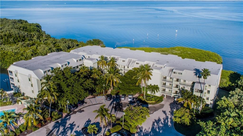 SW Florida Home for Sale - View SW FL MLS Listing #219034359 at 5118 Bayside Villas # 5118 in CAPTIVA, FL - 33924
