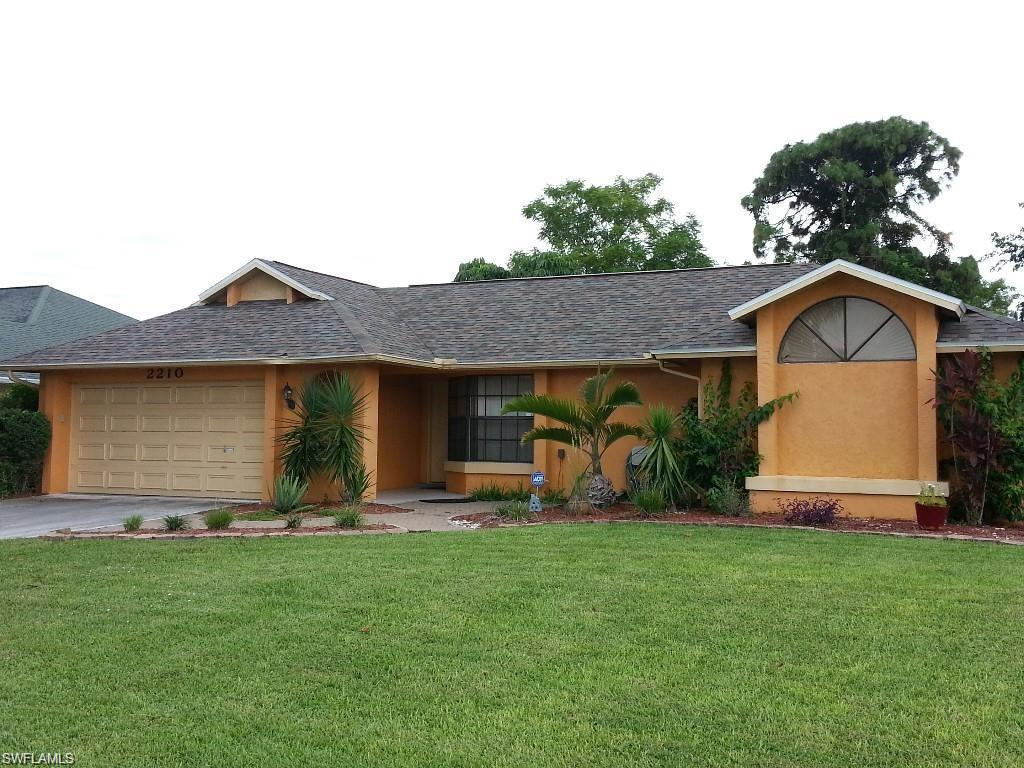 SW Florida Home for Sale - View SW FL MLS Listing #219038646 at 2210 Se 10th Ln in CAPE CORAL, FL - 33990