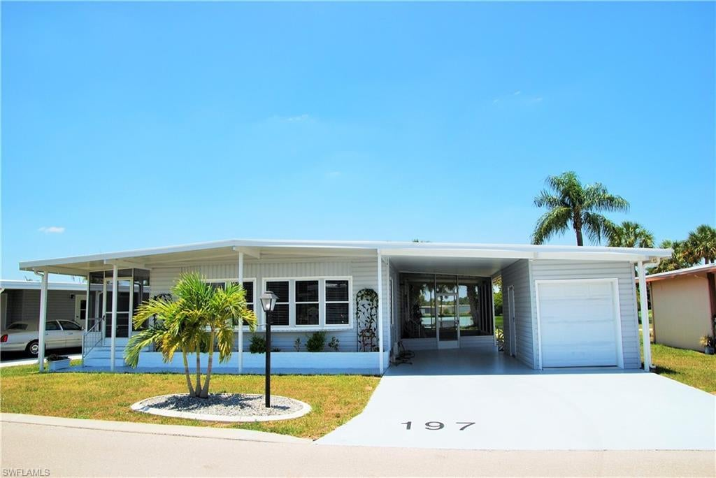 SW Florida Home for Sale - View SW FL MLS Listing #219039265 at 197 Nicklaus Blvd in NORTH FORT MYERS, FL - 33903