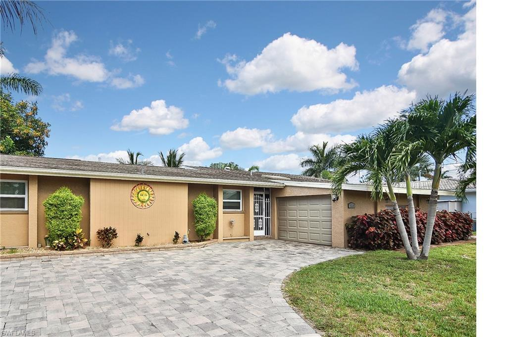 CAPE CORAL Home for Sale - View SW FL MLS #219041755 at 5208 Sw 2nd Pl in CAPE CORAL in CAPE CORAL, FL - 33914