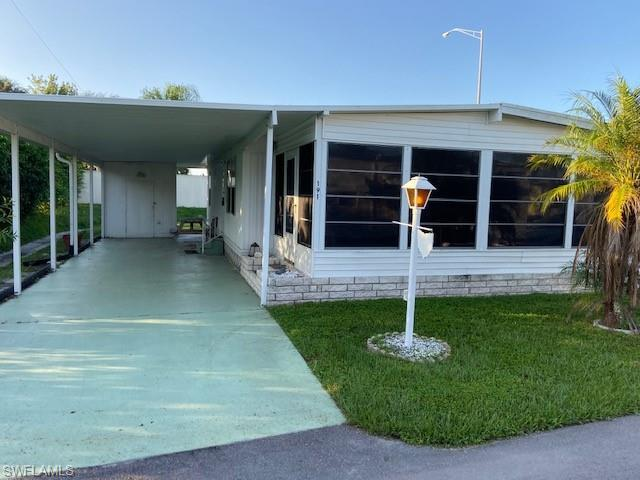 SW Florida Home for Sale - View SW FL MLS Listing #219044815 at 191 San Lu Rue Ave # 191 in NAPLES, FL - 34104