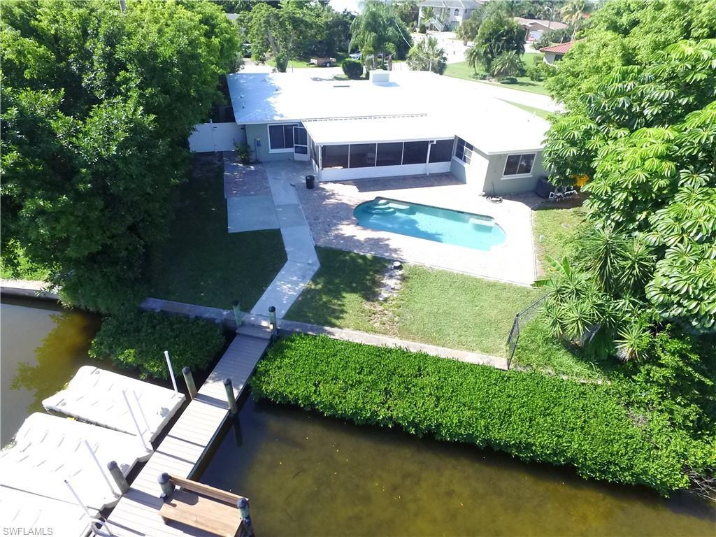 SW Florida Real Estate - View SW FL MLS #219053632 at 8019 Lagoon Rd in  in FORT MYERS BEACH, FL - 33931