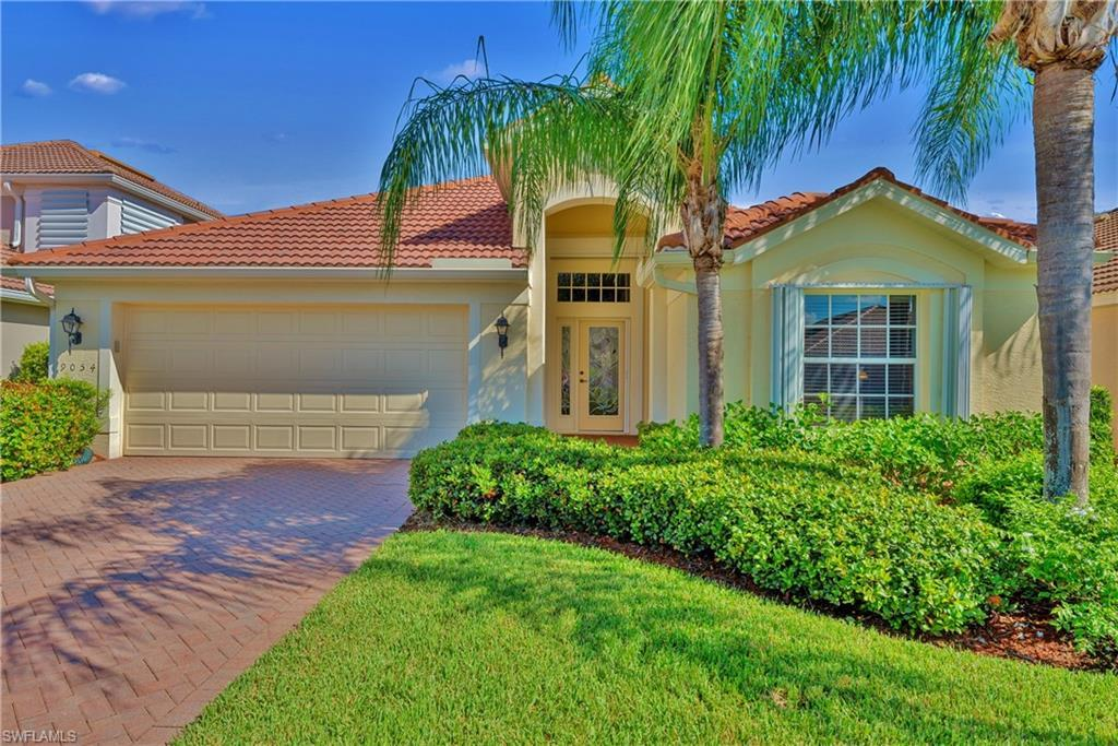 SW Florida Home for Sale - View SW FL MLS Listing #219056348 at 9054 Shadow Glen Way in FORT MYERS, FL - 33913