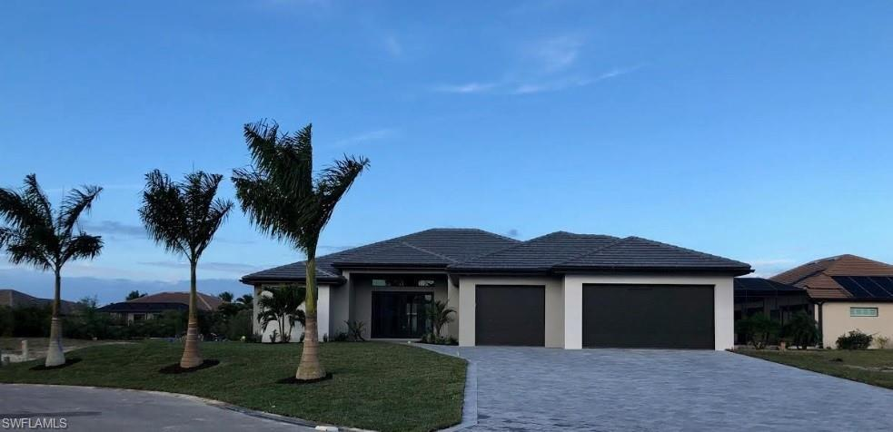 CAPE CORAL Real Estate - View SW FL MLS #219056541 at 16810 Prince Phillip Ct in CAPE ROYAL at CAPE ROYAL
