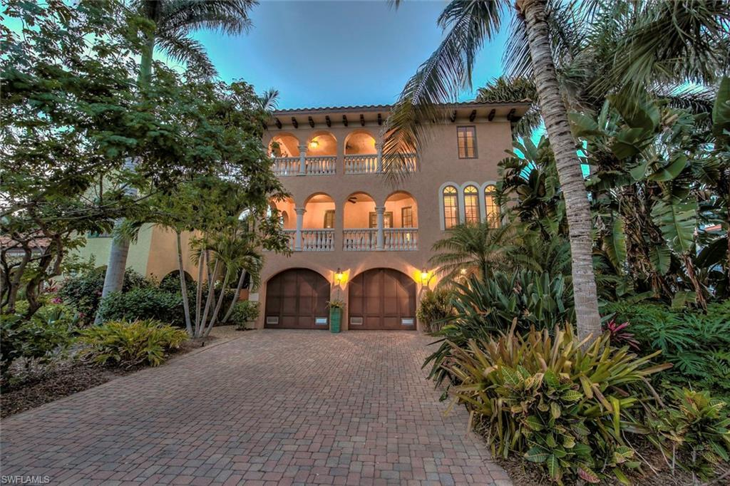 SW Florida Home for Sale - View SW FL MLS Listing #219057770 at 11522 Andy Rosse Ln in CAPTIVA, FL - 33924