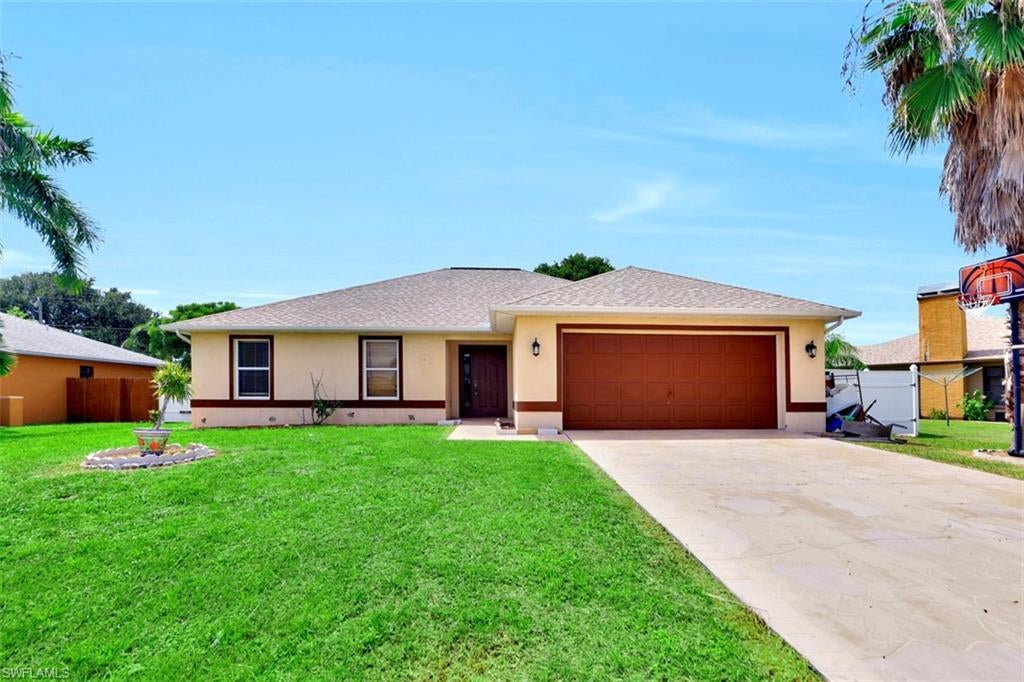 SW Florida Home for Sale - View SW FL MLS Listing #219058906 at 3506 Sw 1st Ave in CAPE CORAL, FL - 33914