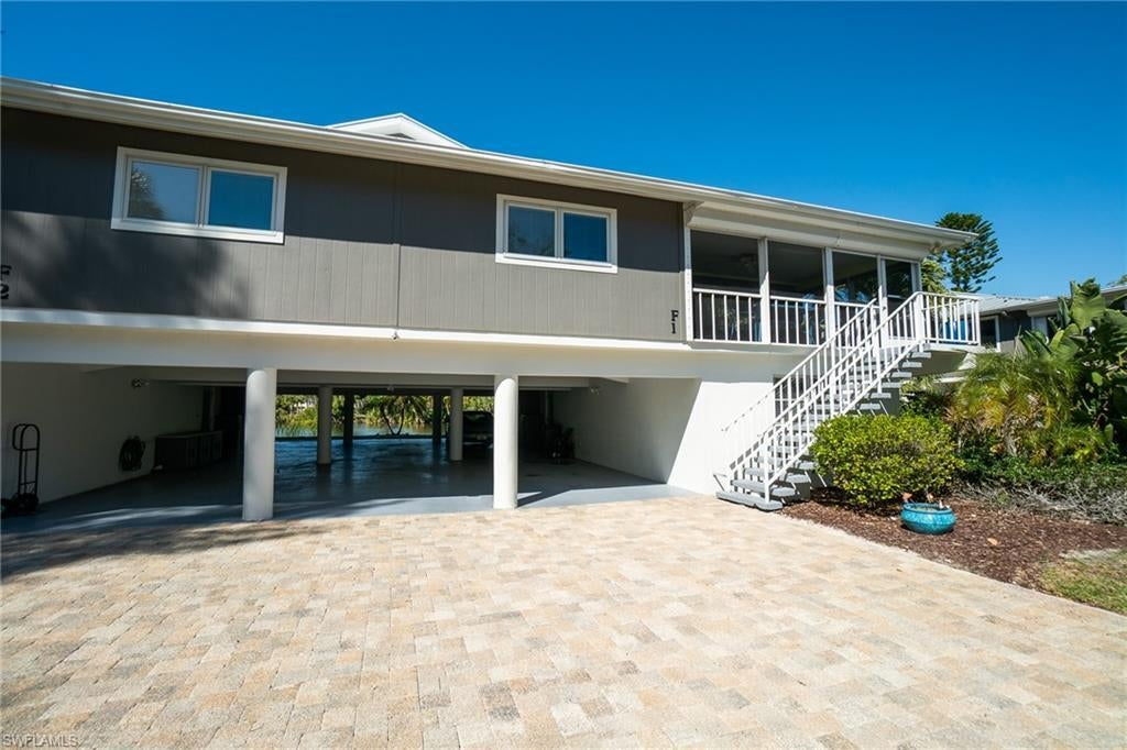 SW Florida Home for Sale - View SW FL MLS Listing #219061622 at 1350 Middle Gulf Dr 1f in SANIBEL, FL - 33957