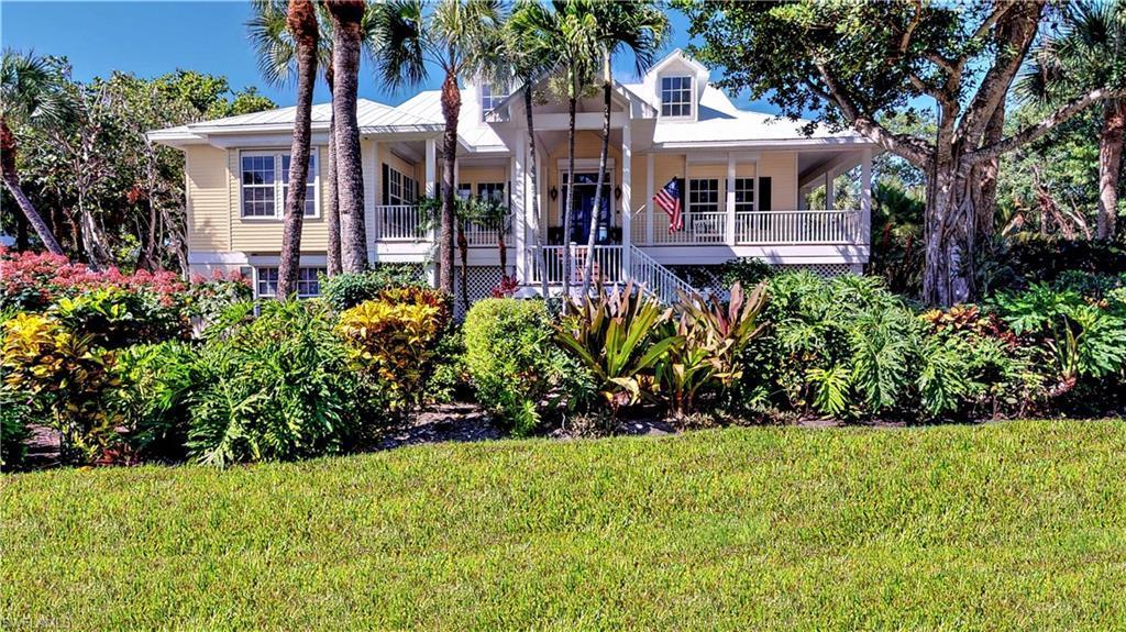 SW Florida Real Estate - View SW FL MLS #219064033 at 5402 Osprey Ct in  in SANIBEL, FL - 33957