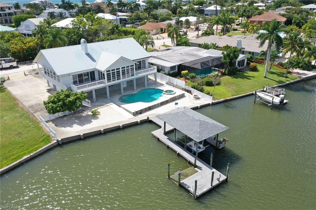 FORT MYERS BEACH Real Estate - View SW FL MLS #219065858 at 8415 Lagoon Rd in LAGUNA SHORES at LAGUNA SHORES