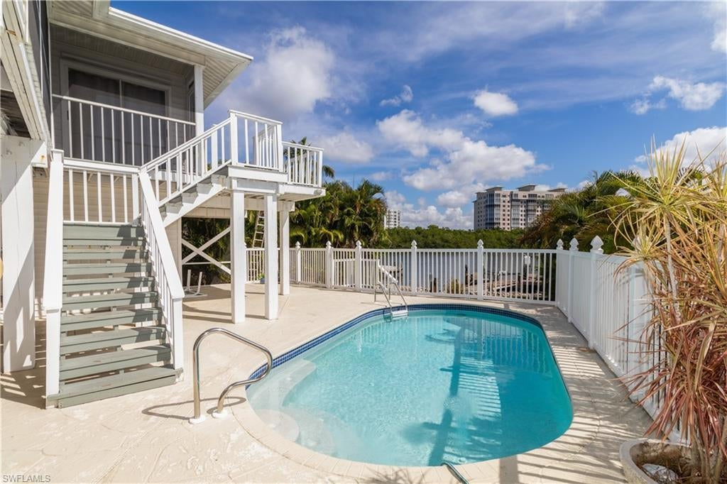 Real Estate - View SW FL MLS #219066055 at 8155 Lagoon Rd in LAGUNA SHORES in FORT MYERS BEACH, FL - 33931
