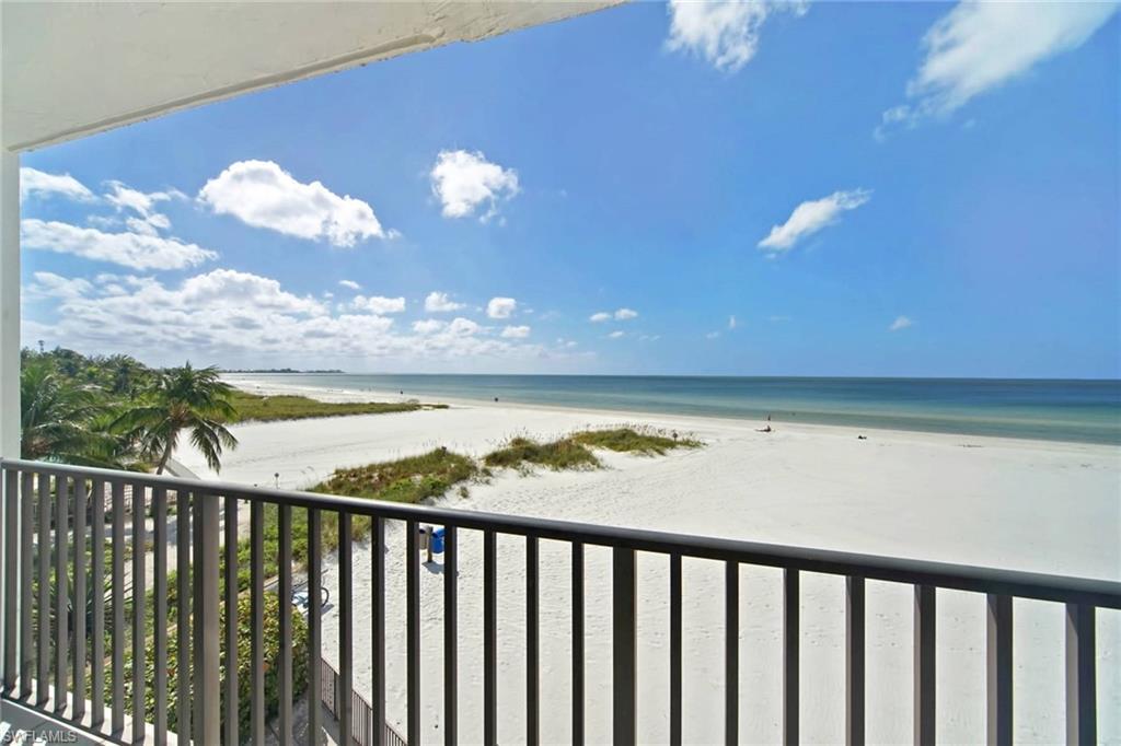 FORT MYERS BEACH Home for Sale - View SW FL MLS #219068730 in ESTERO BEACH CLUB CONDO