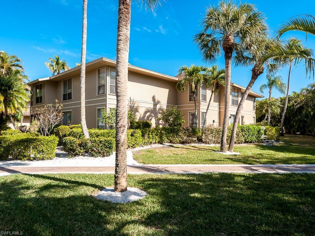 SW Florida Home for Sale - View SW FL MLS Listing #219069780 at 5117 Sea Bell Rd # E207 in SANIBEL, FL - 33957