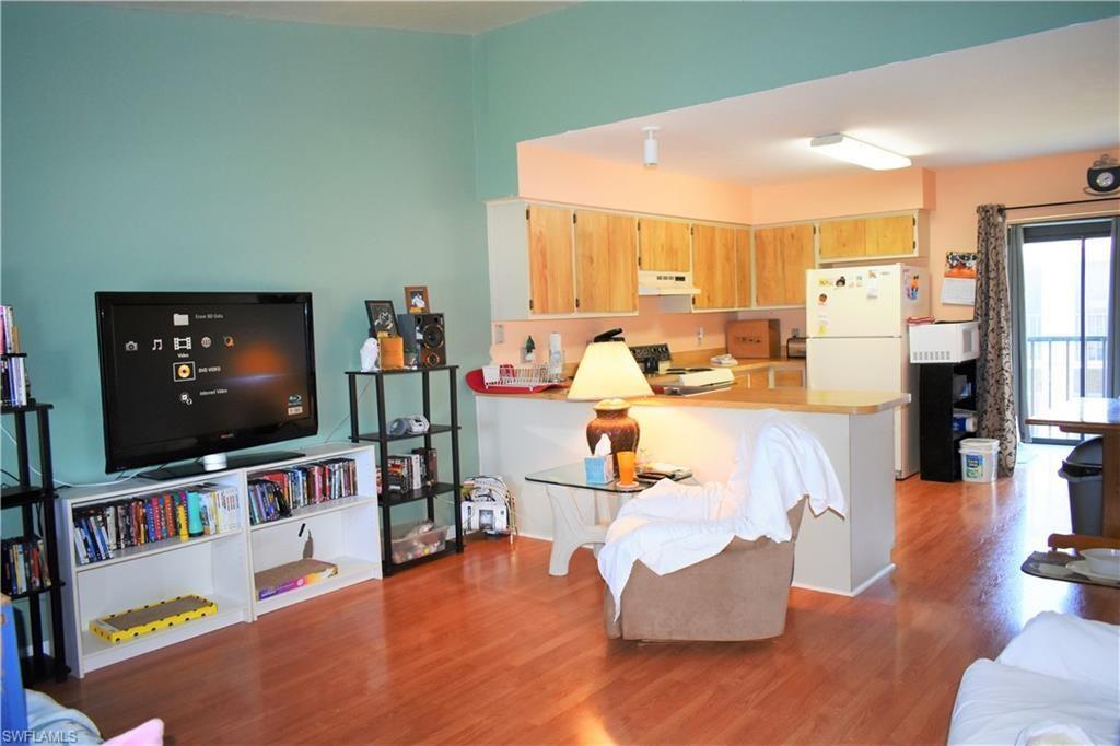 CAPE CORAL Real Estate - View SW FL MLS #219069089 at 4904 Vincennes Ct # 206 in MIRAMAR ARMS CONDO at MIRAMAR ARMS CONDO