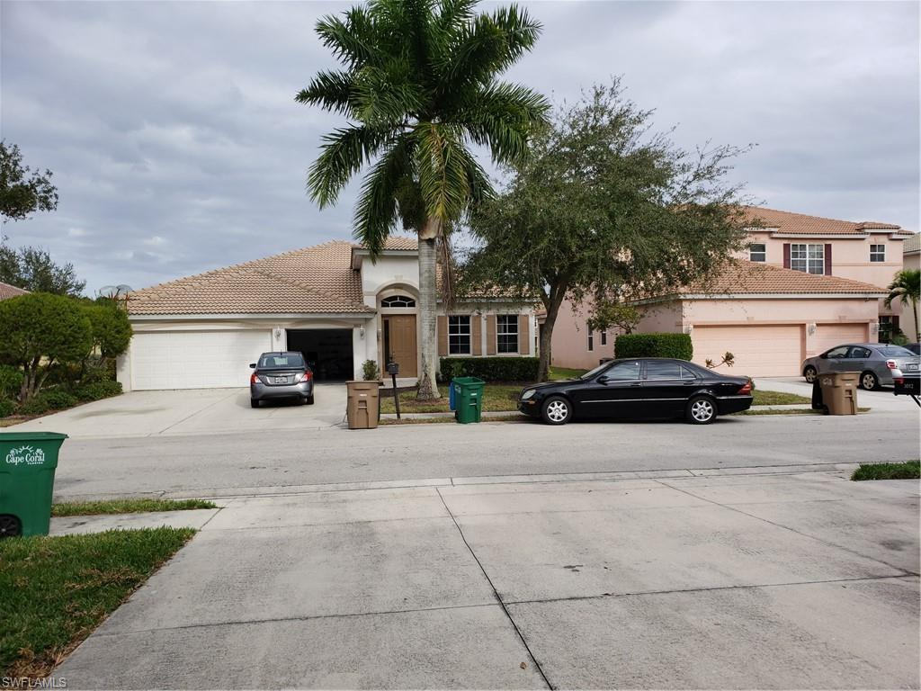 CAPE CORAL Real Estate - View SW FL MLS #219070793 at 3013 Lake Butler Ct in CORAL LAKES at CORAL LAKES