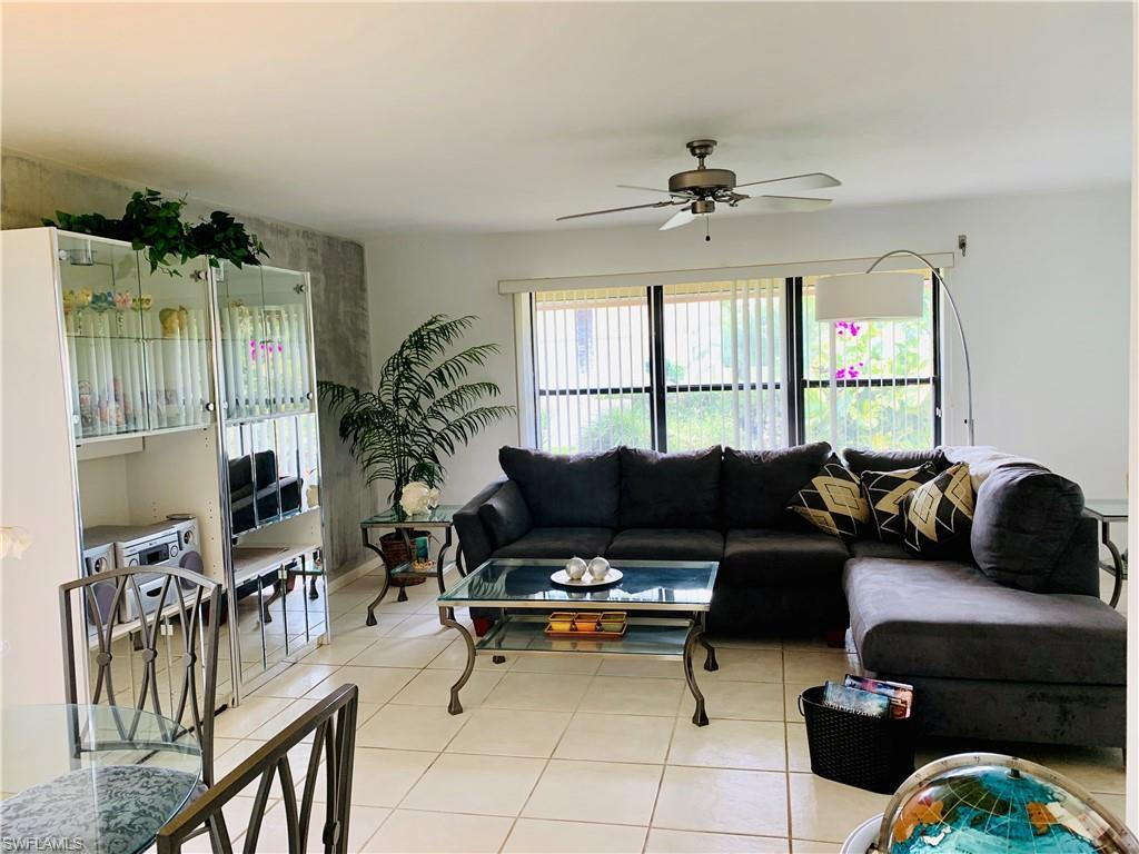 SW Florida Home for Sale - View SW FL MLS Listing #219072152 at 11848 Caravel Cir in FORT MYERS, FL - 33908