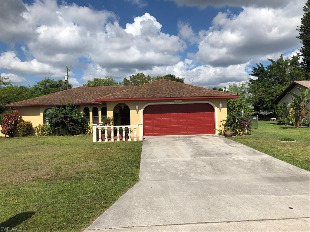 SW Florida Home for Sale - View SW FL MLS Listing #219075000 at 1011 Se 25th Ter in CAPE CORAL, FL - 33904