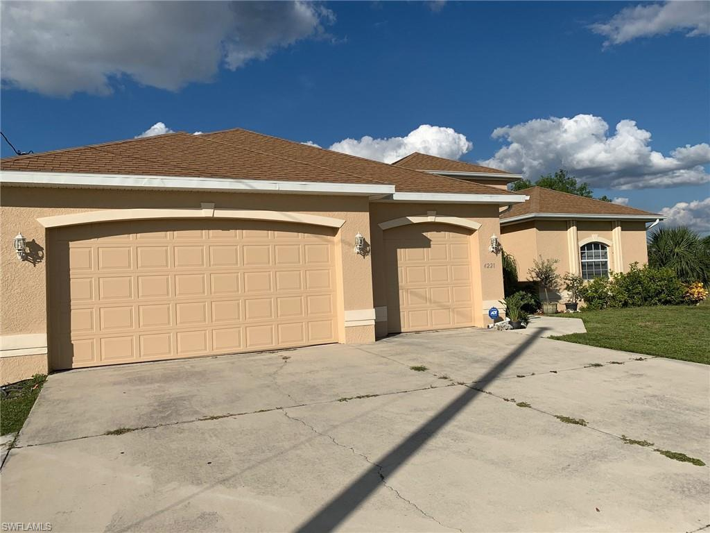 SW Florida Home for Sale - View SW FL MLS Listing #219074830 at 4221 Jacaranda Pkwy W in CAPE CORAL, FL - 33993