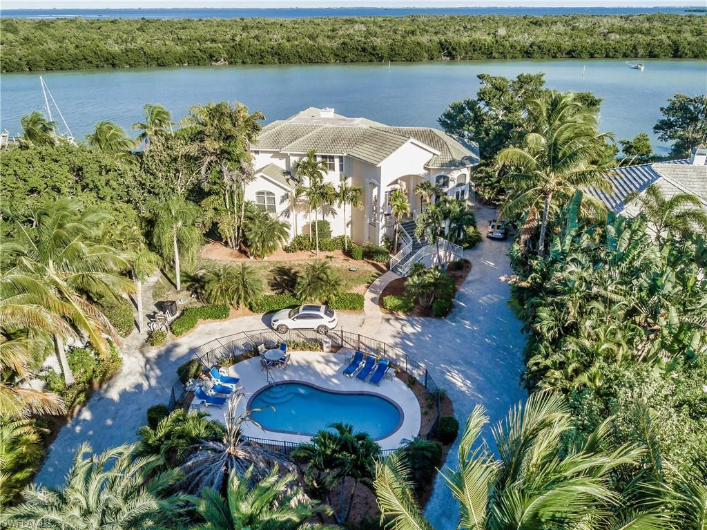 SW Florida Home for Sale - View SW FL MLS Listing #219076411 at 16447 Captiva Dr in CAPTIVA, FL - 33924