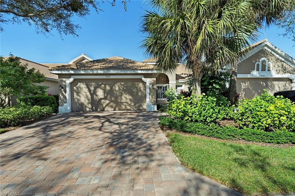 SABAL COVE Home for Sale - View SW FL MLS #219077843 at 9047 Spring Run Blvd in SPRING RUN AT THE BROOKS in ESTERO, FL - 34135