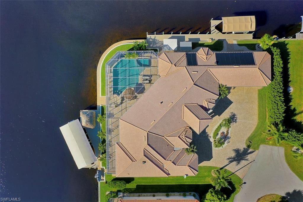 CAPE CORAL Real Estate - View SW FL MLS #219078340 at 5366 Cortez Ct in CAPE CORAL at CAPE CORAL