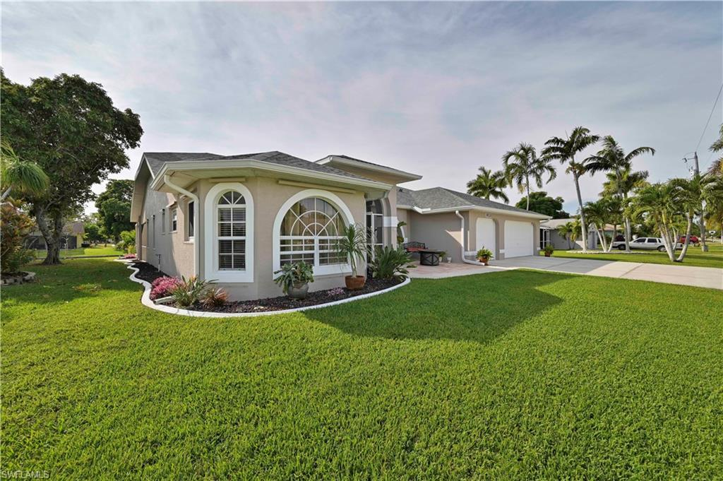 SW Florida Home for Sale - View SW FL MLS Listing #219080842 at 1920 Se 6th Ln in CAPE CORAL, FL - 33990