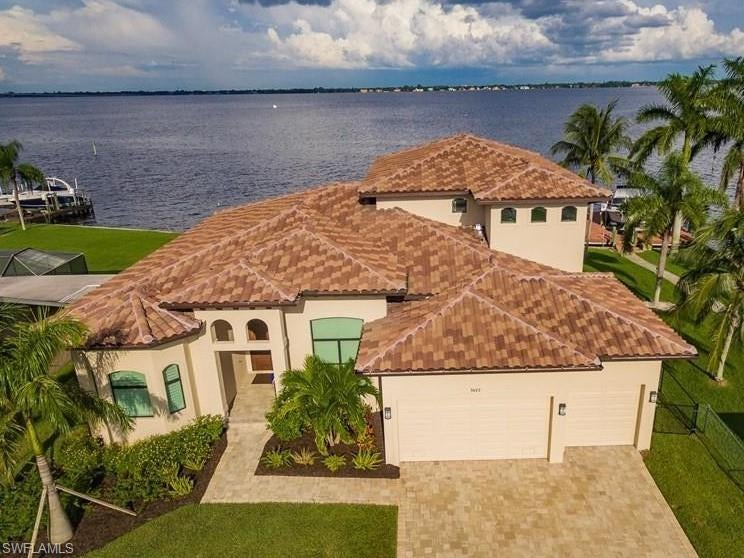 SW Florida Home for Sale - View SW FL MLS Listing #219080956 at 3623 Se 21st Pl in CAPE CORAL, FL - 33904