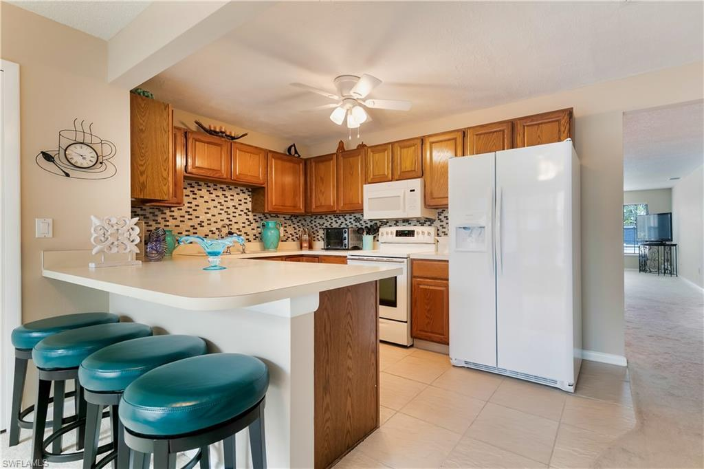 SW Florida Home for Sale - View SW FL MLS Listing #219082006 at 1304 S Brandywine Cir 3 in FORT MYERS, FL - 33919
