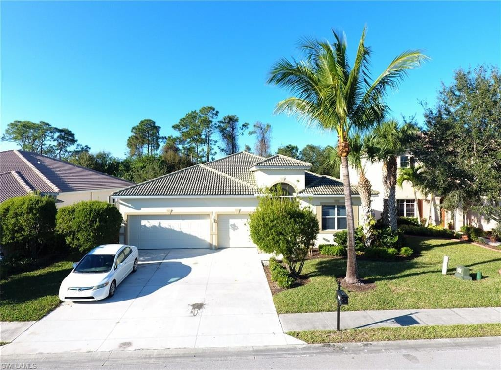 CORAL LAKES Real Estate - View SW FL MLS #220000040 at 3004 Lake Butler Ct in CORAL LAKES in CAPE CORAL, FL - 33909
