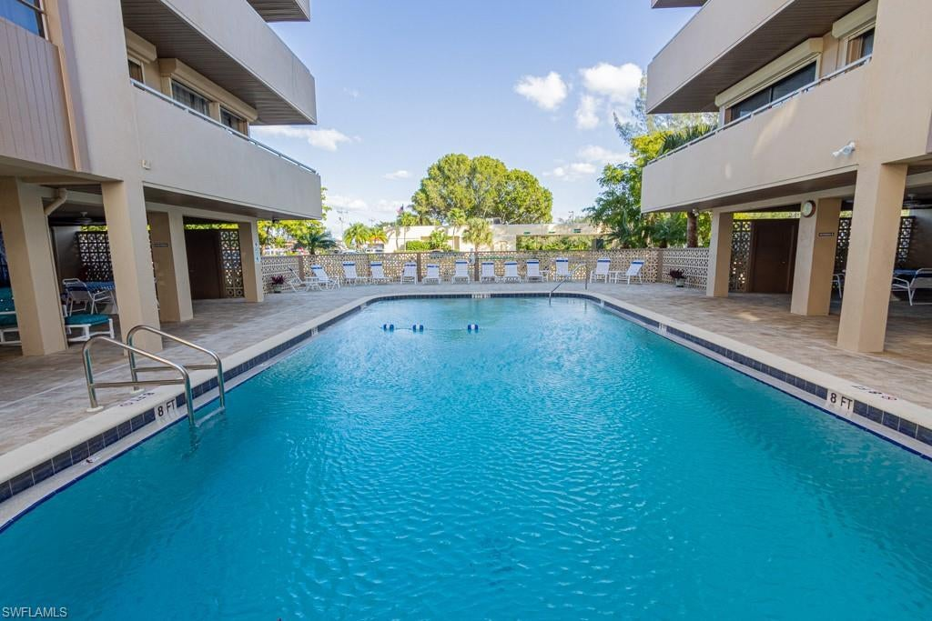 4803 Sunset Ct 704 Cape Coral Fl In Sunset Towers Condo