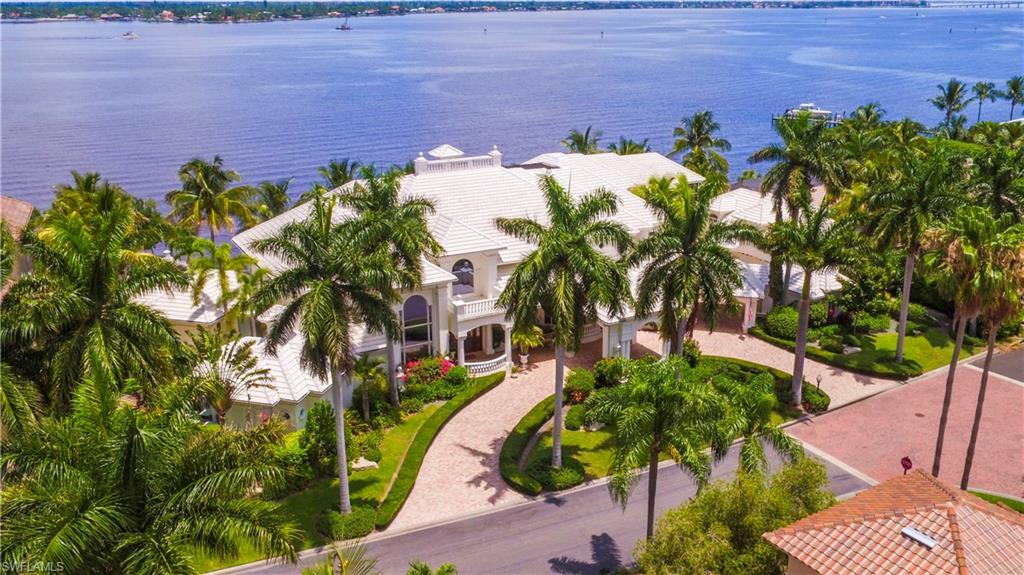 FORT MYERS Home for Sale - View SW FL MLS #220001922 in GULF HARBOUR YACHT AND COUNTRY CLUB