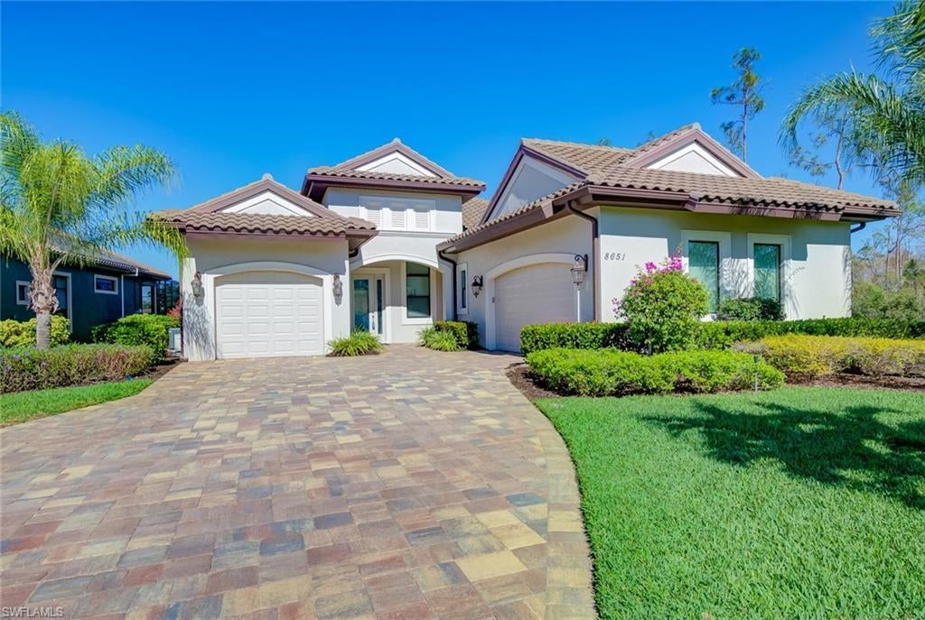 SW Florida Home for Sale - View SW FL MLS Listing #220001925 at 8651 Falisto Pl in FORT MYERS, FL - 33912