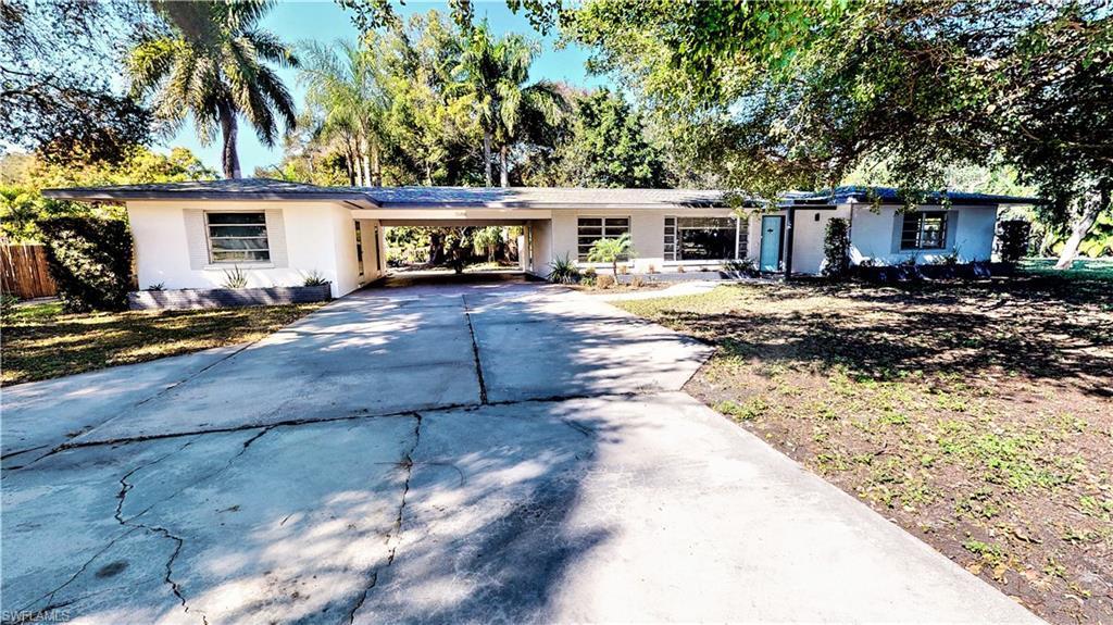 SW Florida Home for Sale - View SW FL MLS Listing #220006853 at 3580 Mcgregor Blvd in FORT MYERS, FL - 33901