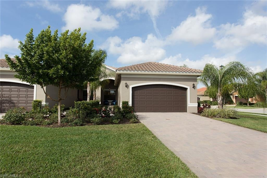 SW Florida Home for Sale - View SW FL MLS Listing #220012014 at 11989 Five Waters Cir in FORT MYERS, FL - 33913