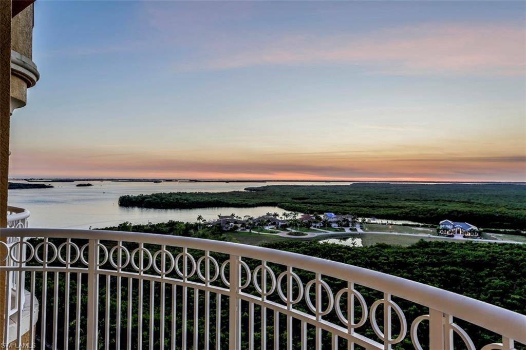 SW Florida Home for Sale - View SW FL MLS Listing #219011179 at 6081 Silver King Blvd 1202 in CAPE CORAL, FL - 33914