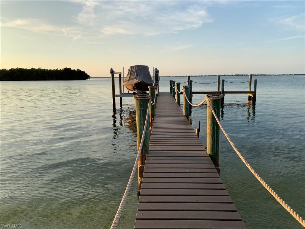 SW Florida Home for Sale - View SW FL MLS Listing #219044683 at 1898 Woodring Rd in SANIBEL, FL - 33957