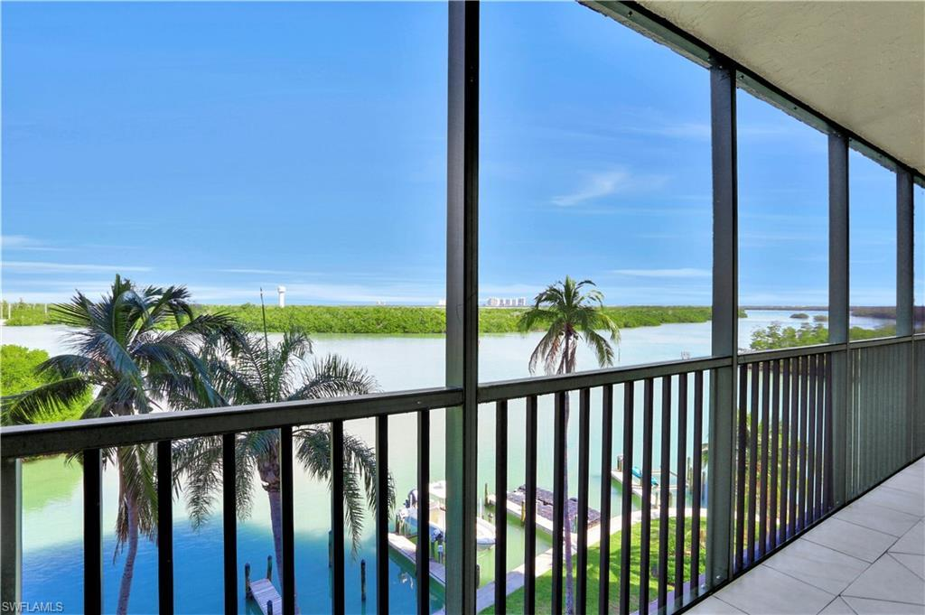 BAY HARBOR CLUB CONDO Home for Sale - View SW FL MLS #219052534 at 26225 Hickory Blvd 4c in BAY HARBOR CLUB CONDO in BONITA SPRINGS, FL - 34134