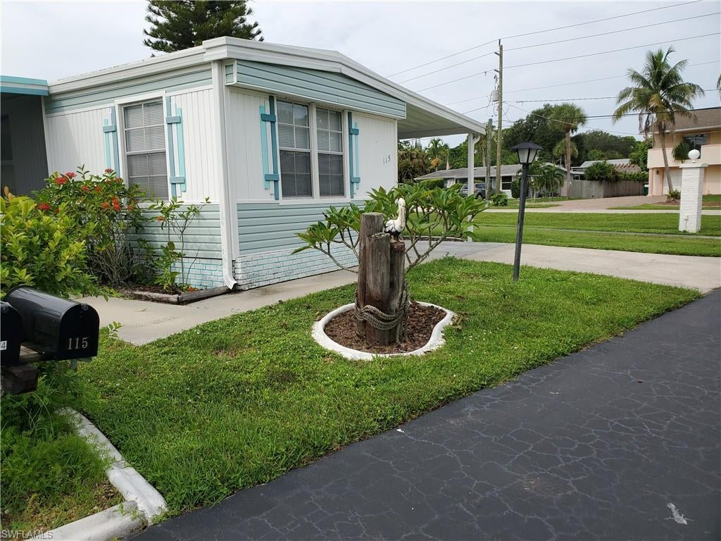 FORT MYERS Home for Sale - View SW FL MLS #219054243 in PLANTATION ESTATES MOBILE HOME
