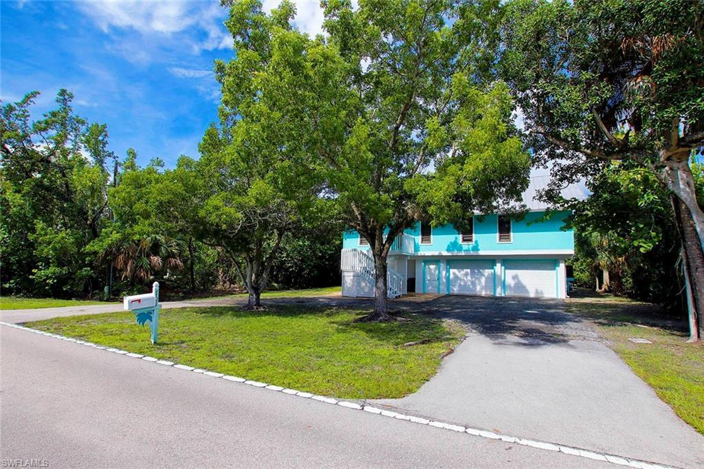 SW Florida Home for Sale - View SW FL MLS Listing #219057247 at 701 Nerita St in SANIBEL, FL - 33957