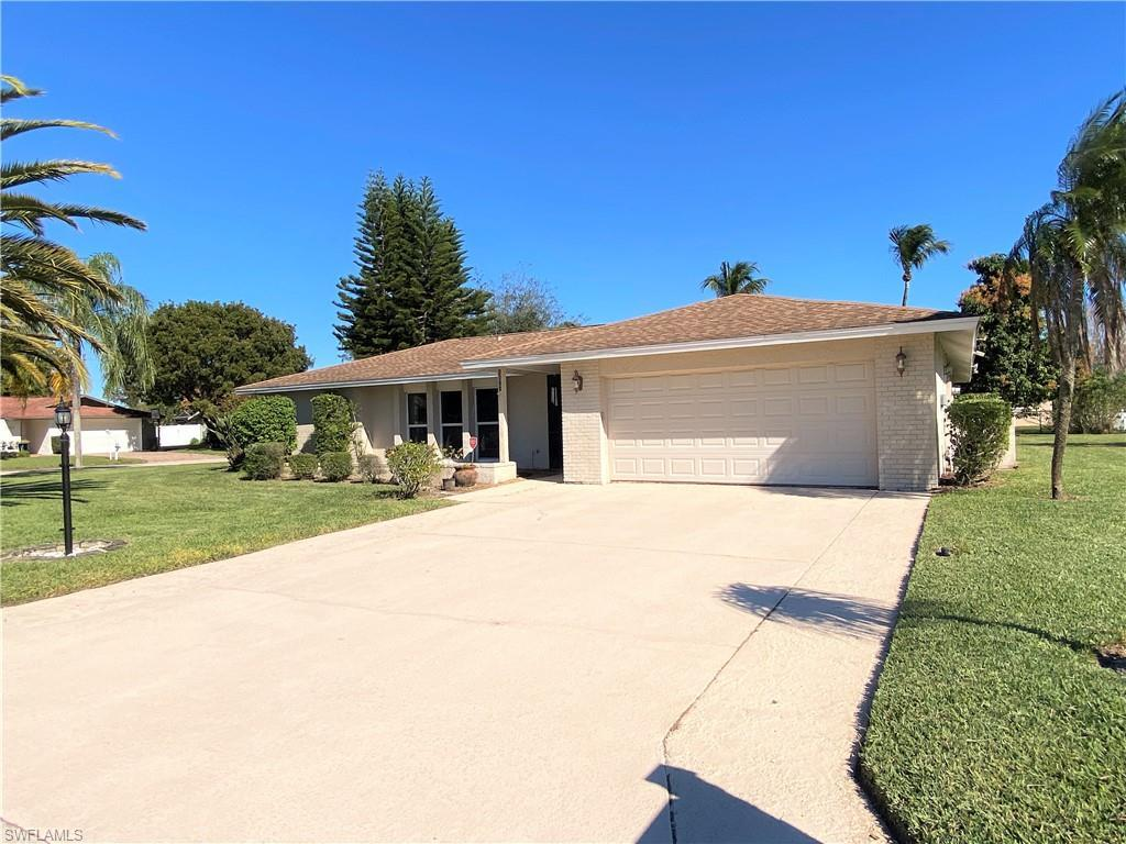 SW Florida Real Estate - View SW FL MLS #219059333 at 1619 Whiskey Creek Dr in WHISKEY CREEK in FORT MYERS, FL - 33919