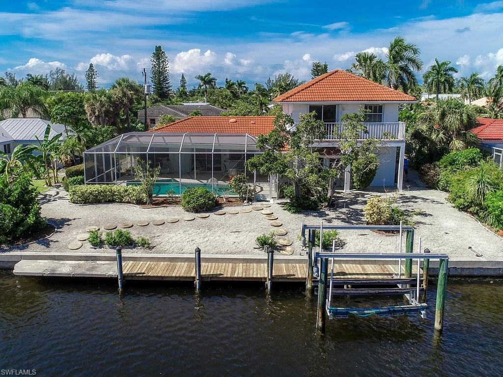 SHELL HARBOR Home for Sale - View SW FL MLS #219069818 at 938 Pecten Ct in SHELL HARBOR in SANIBEL, FL - 33957