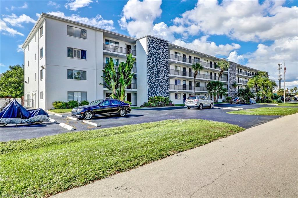 CAPE CORAL Real Estate - View SW FL MLS #219071762 at 4906  Victoria Dr  414 in CAPEWAY CONDO at CAPEWAY CONDO
