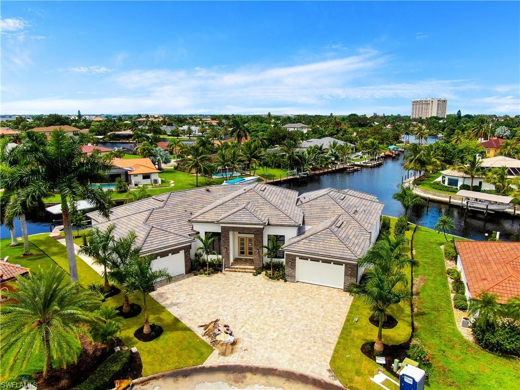 SW Florida Home for Sale - View SW FL MLS Listing #219077516 at 941 Wittman Dr in FORT MYERS, FL - 33919