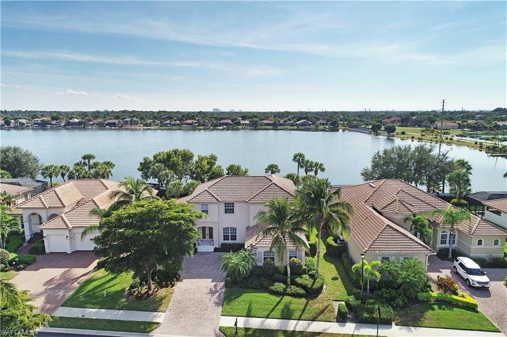 ASTER PLACE Home for Sale - View SW FL MLS #219079335 at 5625 Whispering Willow Way in EMERSON SQUARE in FORT MYERS, FL - 33908