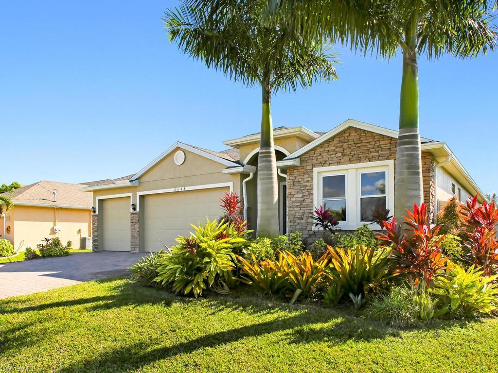 CAPE CORAL Real Estate - View SW FL MLS #219079516 at 2644 Sw 31st Ln in CAPE CORAL in CAPE CORAL, FL - 33914