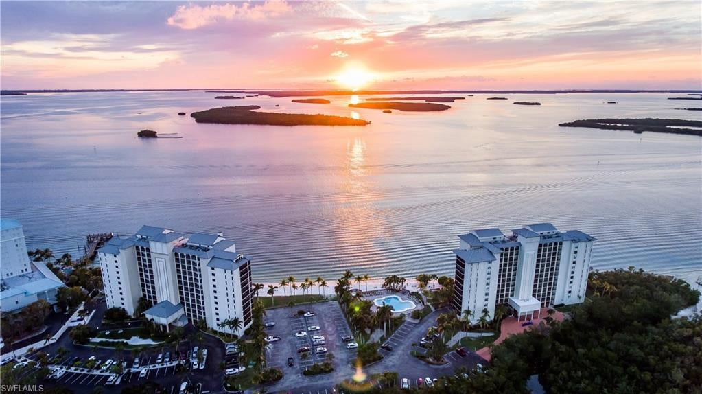 SW Florida Real Estate - View SW FL MLS #219081297 at 17170 Harbour Point Dr 332/333 in SANIBEL HARBOUR TOWER CONDO in FORT MYERS, FL - 33908