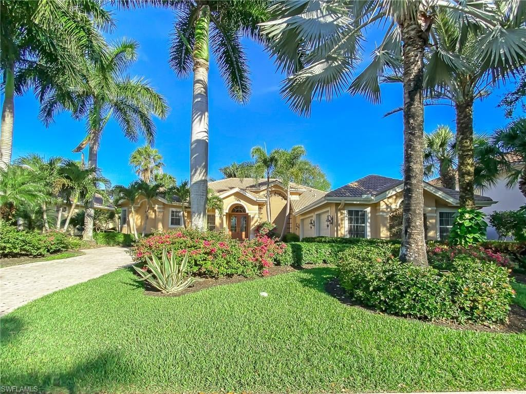 SW Florida Real Estate - View SW FL MLS #219083291 at 22230 Banyan Hideaway Dr in SHADOW WOOD AT THE BROOKS in ESTERO, FL - 34135