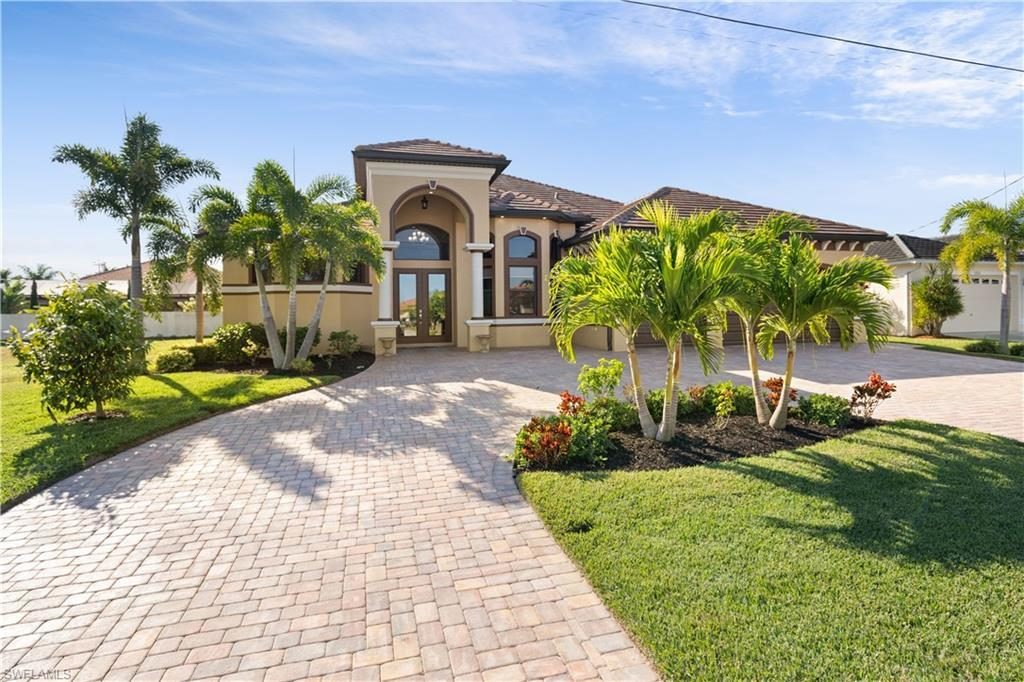 SW Florida Real Estate - View SW FL MLS #220000874 at 2810 Sw 44th Ter in CAPE CORAL in CAPE CORAL, FL - 33914