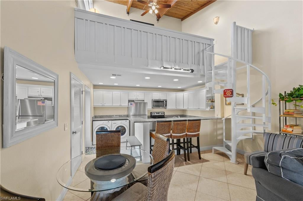 SW Florida Home for Sale - View SW FL MLS Listing #220003297 at 2321 W Gulf Dr 2h in SANIBEL, FL - 33957